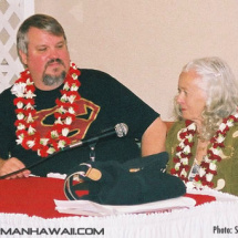 Noel Neill and John Field answer questions.